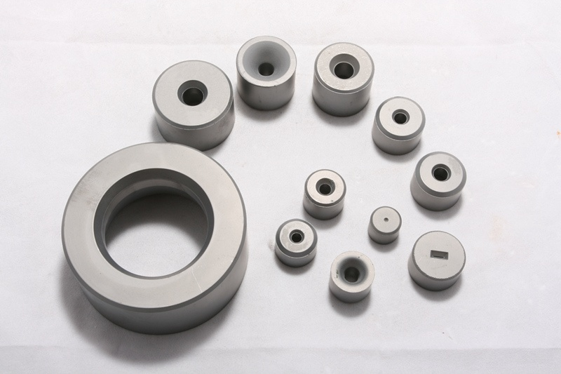 Heading die blanks for making standard bolts